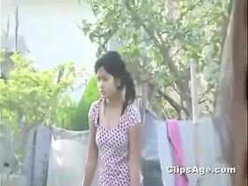 Desi Indian girl boobs outdoor spy cam neighbour recorded